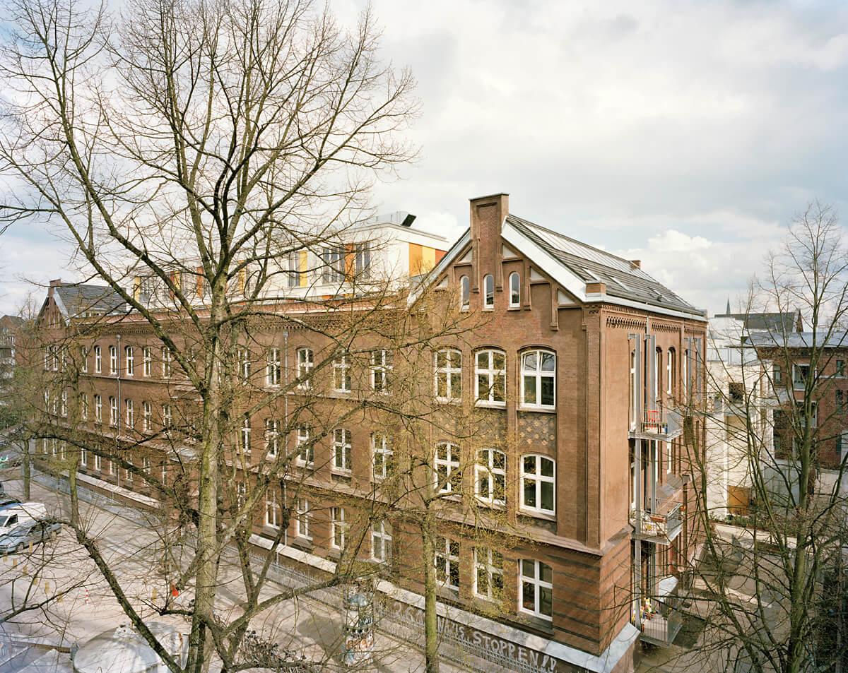 Dorfmüller I Klier Hamburg: StattSchule EG